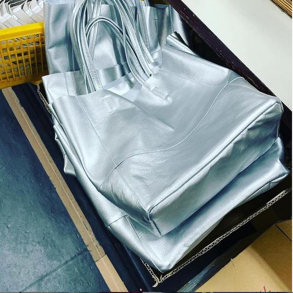 レザーバッグの縫製